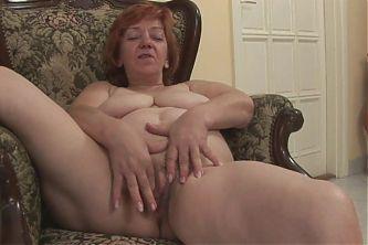 Granny masturbates after shower