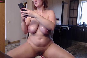 A girl with an excellent body shows herself nude and jerks off