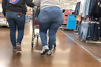 Bbw big round ass in the store
