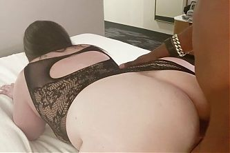 sexy bbw blows black cock on bed