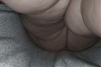 Upskirt bbw blonde milf no panties
