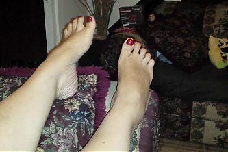 cherry pop big legs again