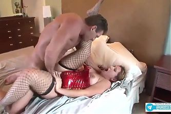 Vanessa Blake et son enorme gros cul rempli de bonne graisse