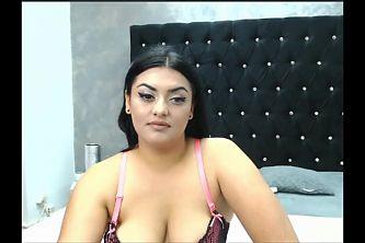 Indian Girl Showing Tis in Live Webcam