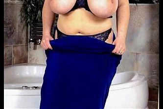 Model Profile: Christiane Maxx 4