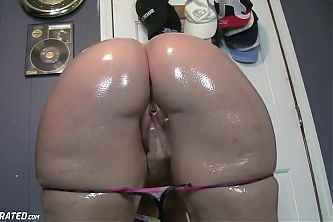 Big Ass Chubby Oiled Slut